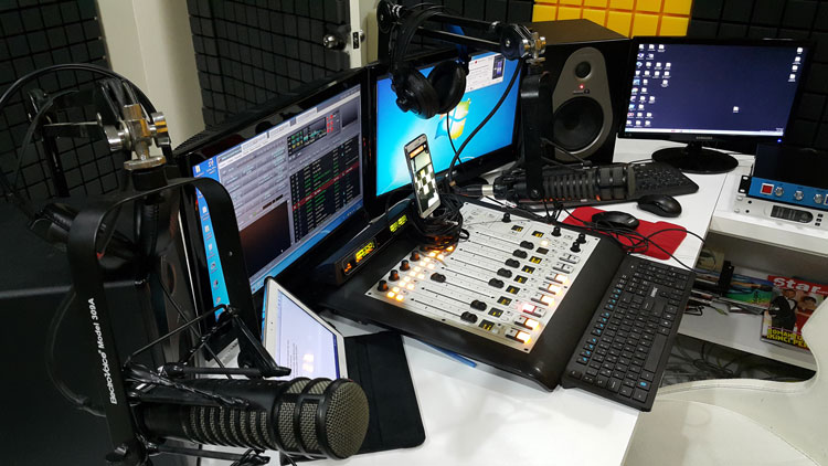 Radyo Stüdyo Kurulumu
